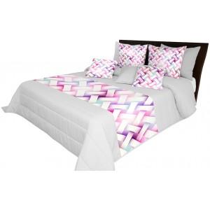 Přehoz na postel s růžovým vzorem