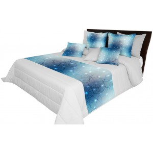 Šedý přehoz na postel s motivem modré barvy
