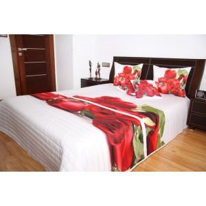 Přehoz na postel bílé barvy s motivem červených růží
