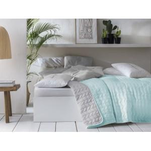 Oboustranný přehoz na postel v mentolové barvě