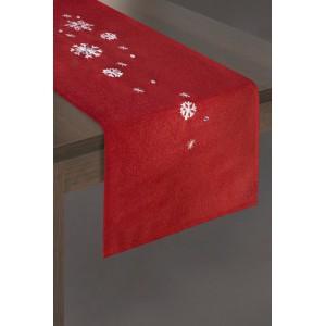 Červený dekorační běhoun na Vánoce s bílými vločkami
