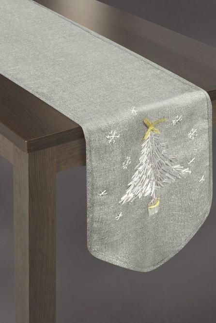 Vánoční běhoun na stůl v šedé barvě s vánočním stromkem a vločkami
