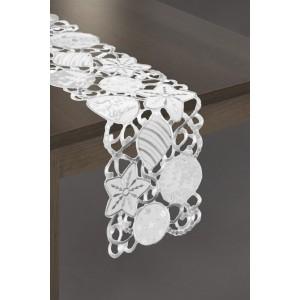 Vánoční běhoun na stůl v bílé barvě se stříbrnými výšivkami