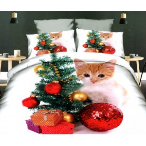 Vánoční povlečení na postel v bílé barvě se stromečkem, dárky a malou kočičkou
