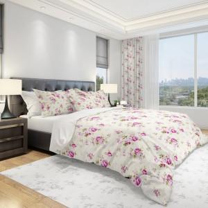 Kvalitní povlečení na postel v krémové barvě s růžovými květy