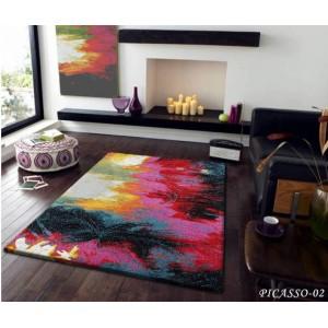 Abstraktní koberec v barevném provedení
