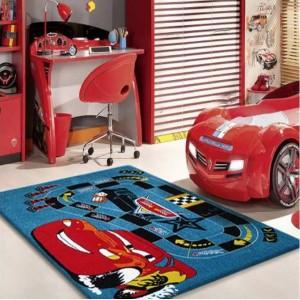 Modrý koberec do dětského pokoje McQueen