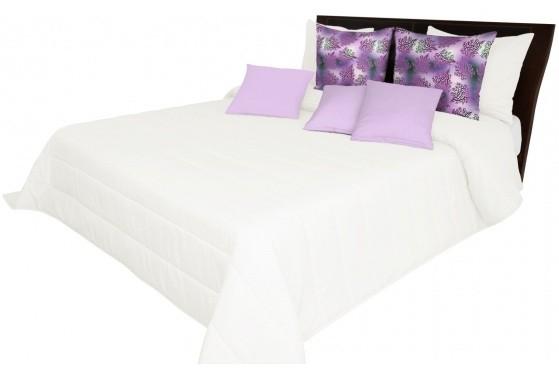 Světlo krémový potah na postel
