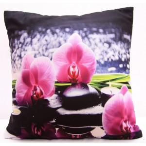Černé povlaku na polštář s růžovými orchidejemi