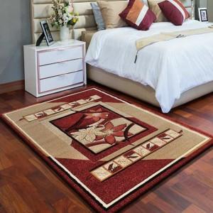 Červeno béžový koberec na chodbu