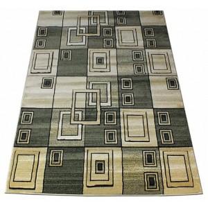 Zelený koberec s obdélníky
