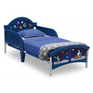 Dětské postele modré barvy s vesmírným motivem