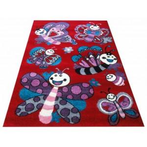 Červený dětský koberec s obrázky