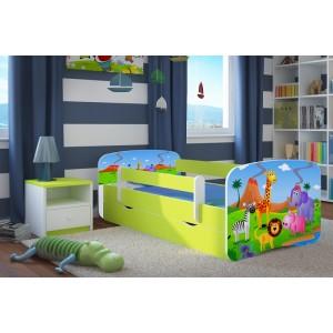 Zelená dětská postel motiv Madagaskar