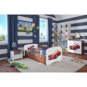 Bílá postel s motivem červeného auta