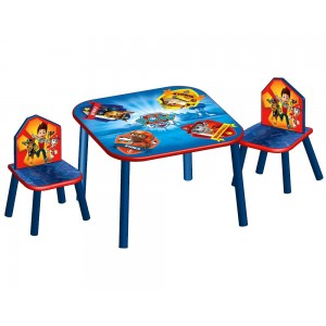Tlapková patrola dřevěný stolek a židle