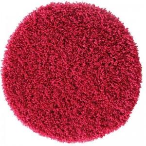 Červený koberec shaggy kulatý
