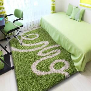 Zelený koberec shaggy SPIRÁLA