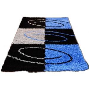 Modrý koberec shaggy s černým vzorem