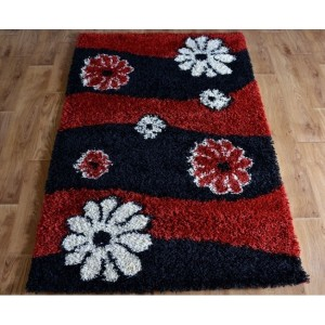 Červený koberec SHAGGY s motivem květů