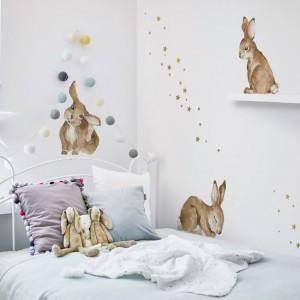 Dekorace na zeď v podobě zajíčků