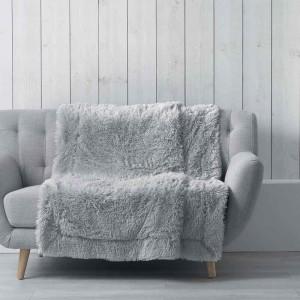 Chlupatá deka z měkkého materiálu MARILOU