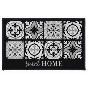 Černý koupelnový kobereček s ornamentem a nápisem Sweet home ALFAMA