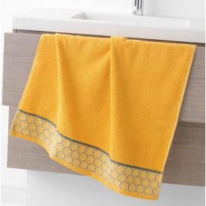 Žlutý ručník z kvalitní bavlny s ornamentem