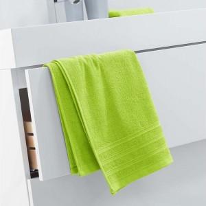 Trendový ručník jasné zelené barvy