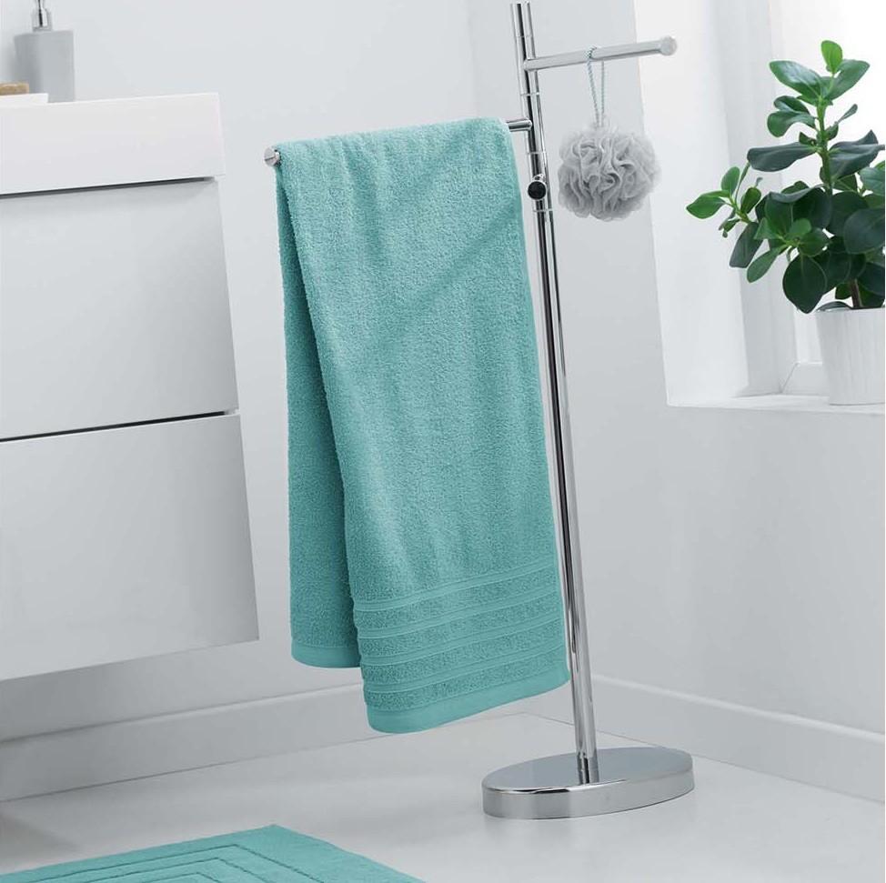 Bavlněný ručník v trendy mentolové barvě 70 x 130 cm