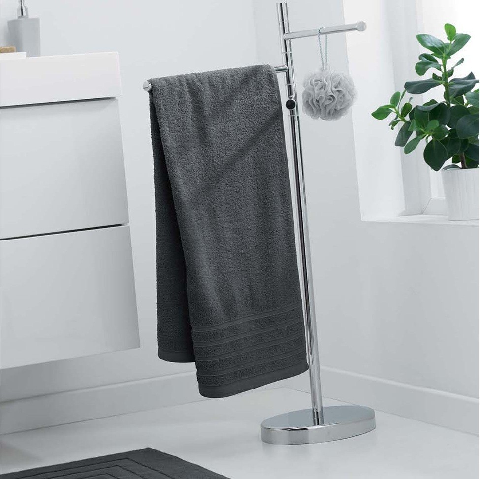 Jednobarevný ručník tmavě šedý bez vzoru 70 x 130 cm