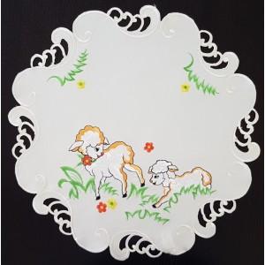 Velikonoční dekorační ubrus s motivem beránka