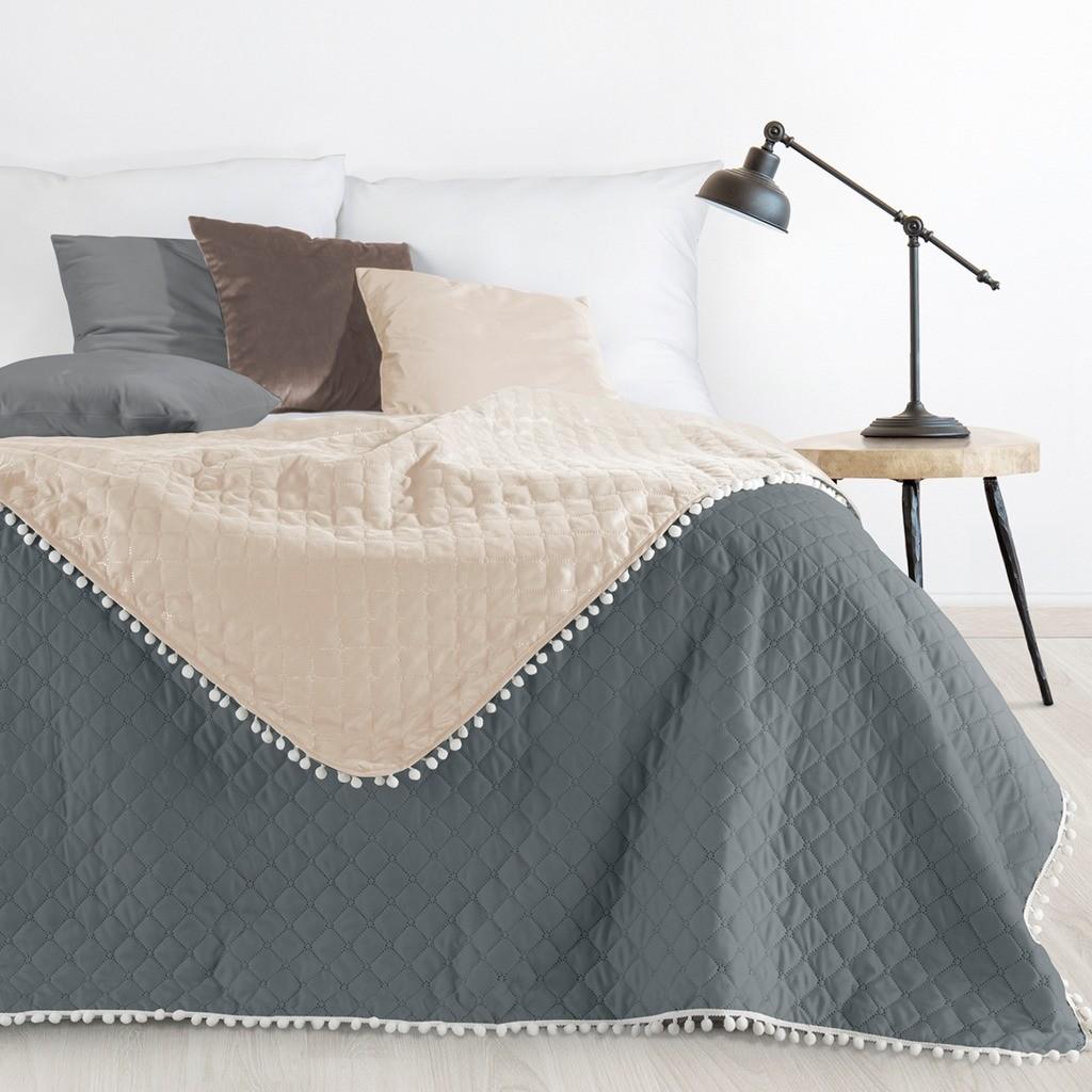Moderní přehoz na postel s dekorativním prošitím