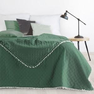 Moderní jednobarevný přehoz na postel zelené barvy