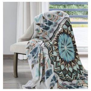 Kvalitní deka v bílé barvě s abstraktním motivem
