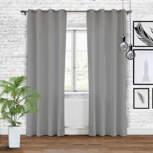 Elegantní stínící závěsy do ložnice
