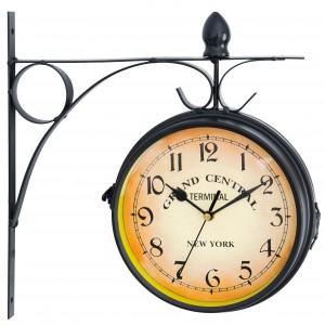 Originální hodiny v retro stylu