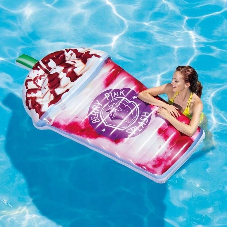 Letní nafukovačka do vody ve tvaru koktejlu