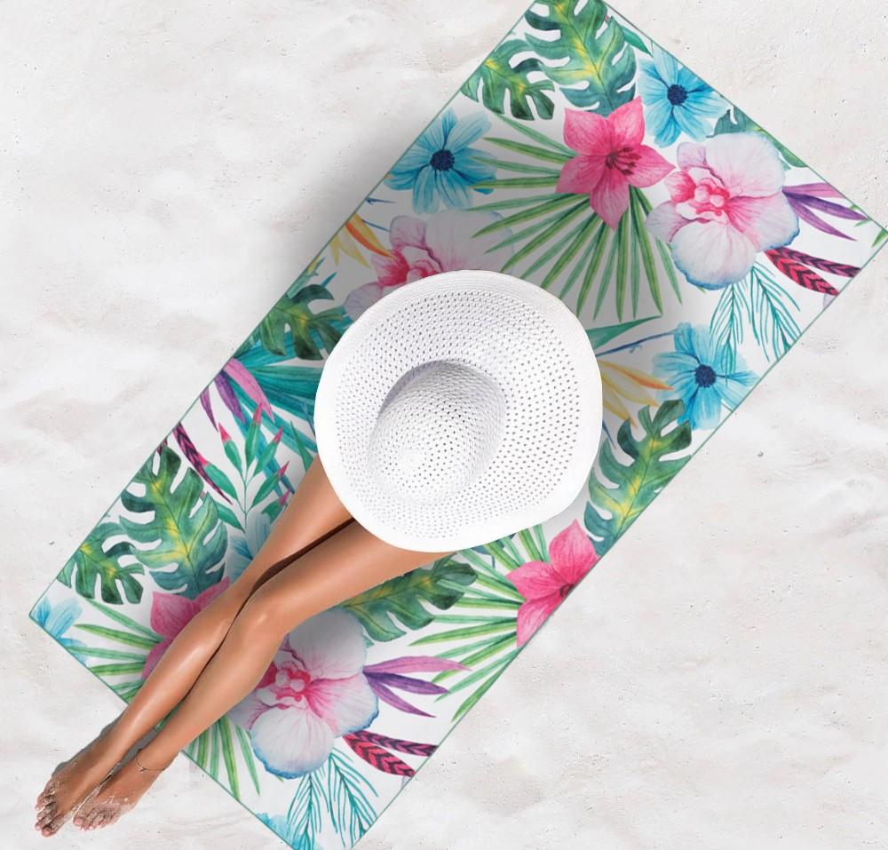 Květovaná plážová osuška na léto