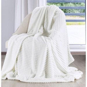 Luxusní bílá teplá deka do obýváku
