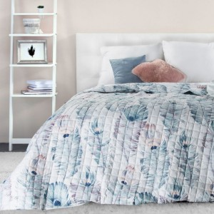 Oboustranný prošívaný bílo modrý přehoz na postel s motivem listů