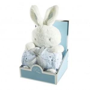 Modrá dětská deka se srdíčky pro chlapečka a s plyšovou hračkou