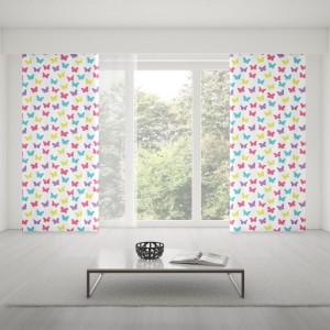 Barevné závěsy šité na míru s motýly do dětského pokoje