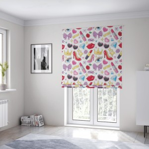 Unikátní okenní látková roleta šitá na míru do dívčího pokoje