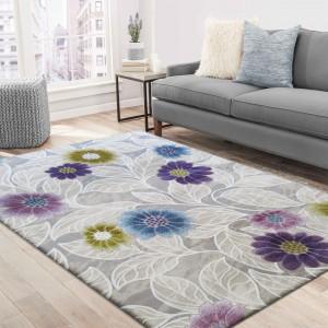 Moderní koberec s barevnými květy