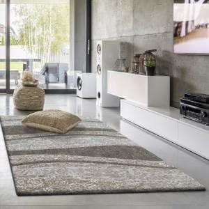 Stylový koberec v béžové barvě