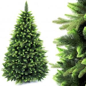 Krásný vánoční stromek s dvoubarevným jehličím