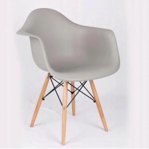 Moderní židle šedé barvy do kuchyně