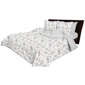 Světle šedý oboustranný přehoz na postel s motivem srdcí
