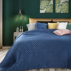 Elegantní prošívaný přehoz na postel modré barvy
